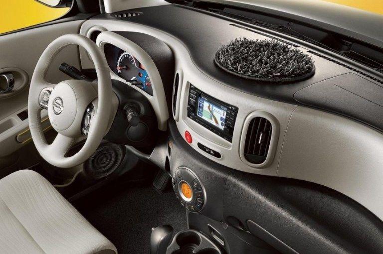 Nissan Cube shag carpet